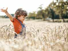 How to teach kids about environment