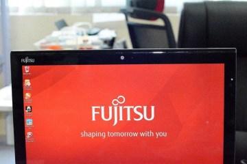 fujitsu stylist 14 - Fujitsu Stylist Q704 [Image Gallery]