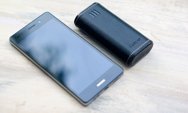 LUXA2 PL2 6000mAh Leather Power Bank Review
