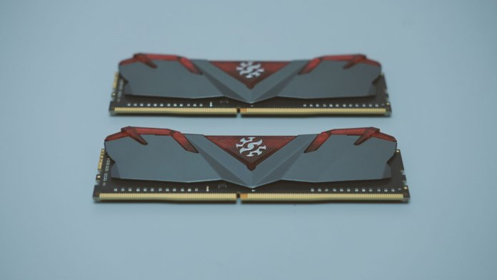 ADATA XPG Gammix D30 DDR4 (4)