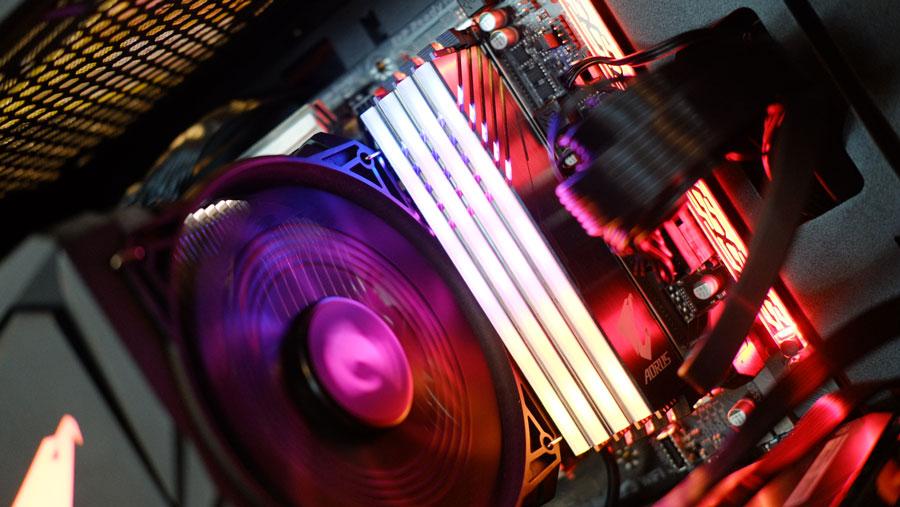 GIGABYTE Unveils AORUS RGB DDR4 Memory