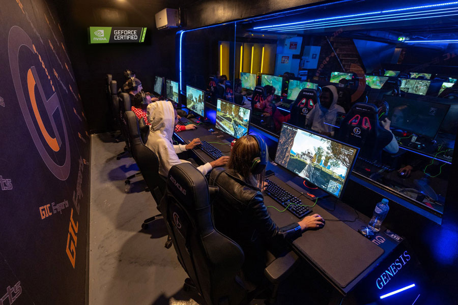 Technology Assists The Online Gaming With Fitter Plethora