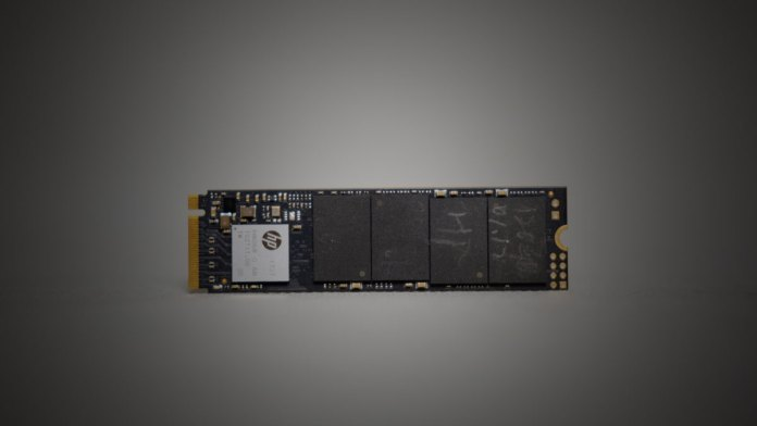 HP EX900 SSD Review (5)