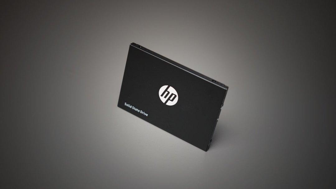 HP M700 120GB SATA SSD (3)