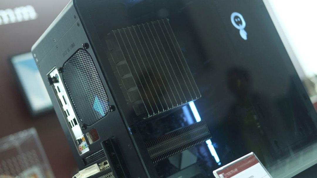 Noctua Fanless CPU Cooler Prototype (3)