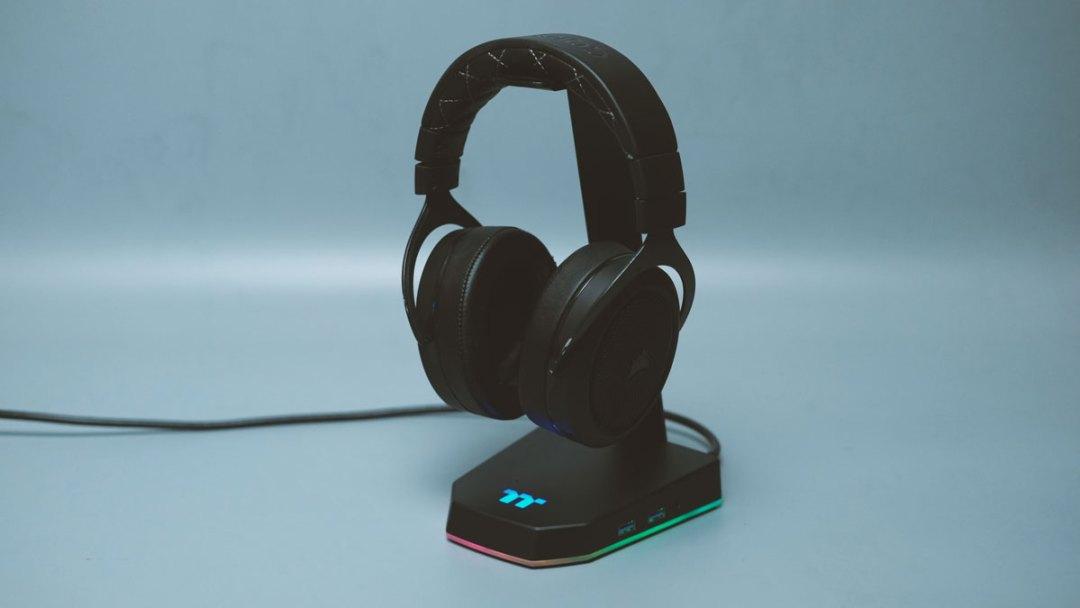 Thermaltake E1 RGB Headset Stand (6)