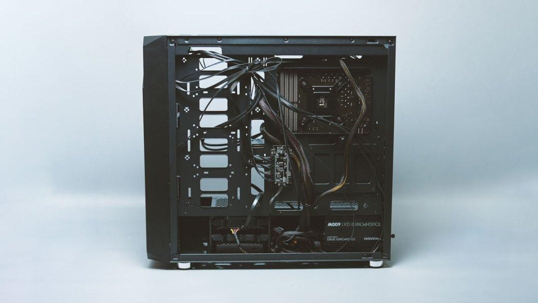 Xigmatek Zest Tempered Glass RGB Case (16)