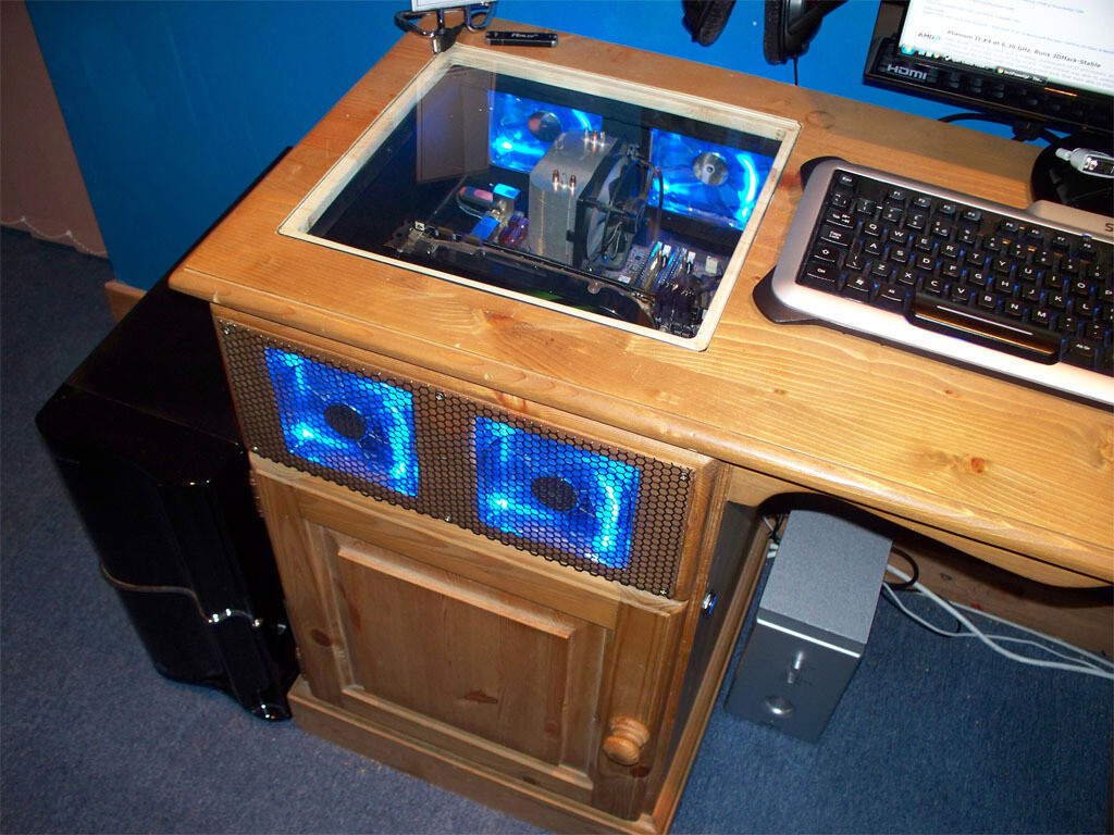 Case Gallery  MoonPigs Desk Mod  TechPowerUp Forums