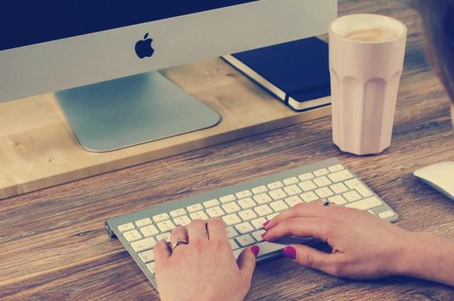 Online tutor for modern education