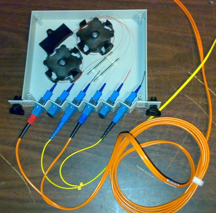 Fiber optic tap