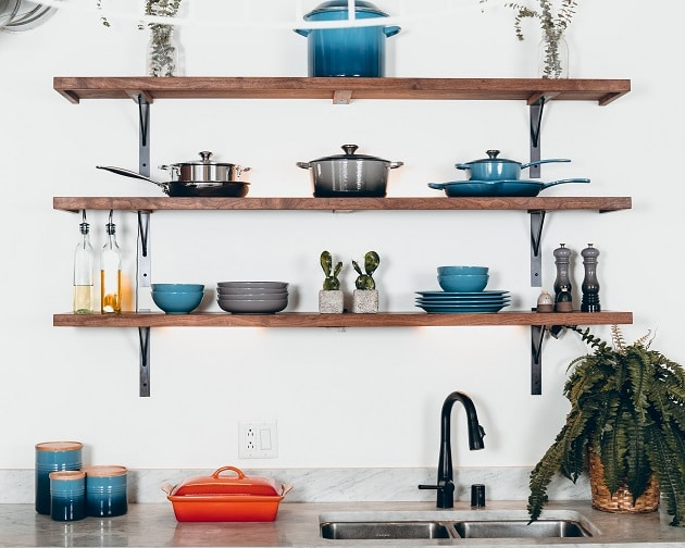 perfect way to organize cabinets in a kitchen
