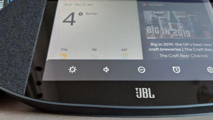 JBL Link View volume