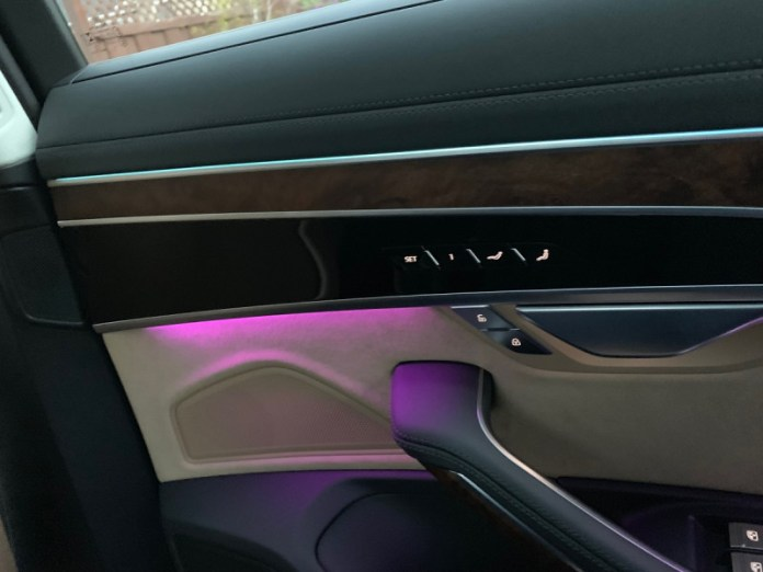 You can change the LED light s in the interior of the Audi A8 L Quattro.