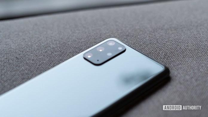 Samsung Galaxy S20 Plus camera sensor