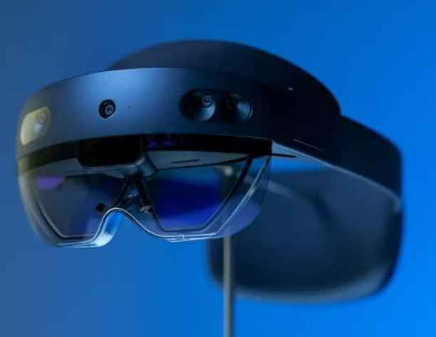 Microsoft introduced HoloLens 2 developer edition just for $3,500