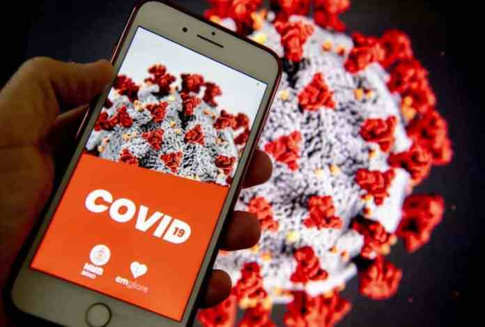 contact-tracing apps, app apps covid-19 ireland people apple google UK data harte contact coronavirus government model northern privacy spread working