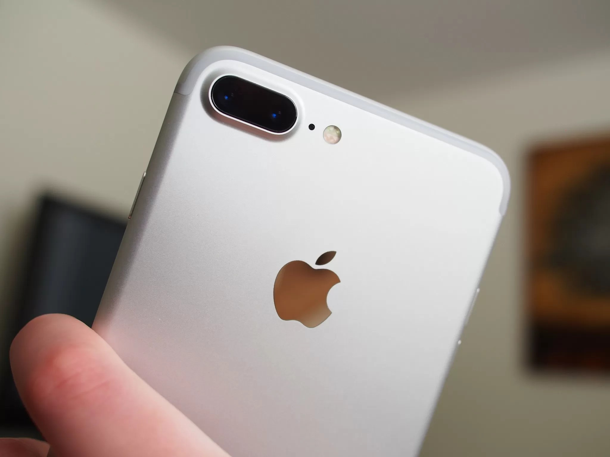 Apple iPhone 7 Plus Review Photo Gallery - TechSpot