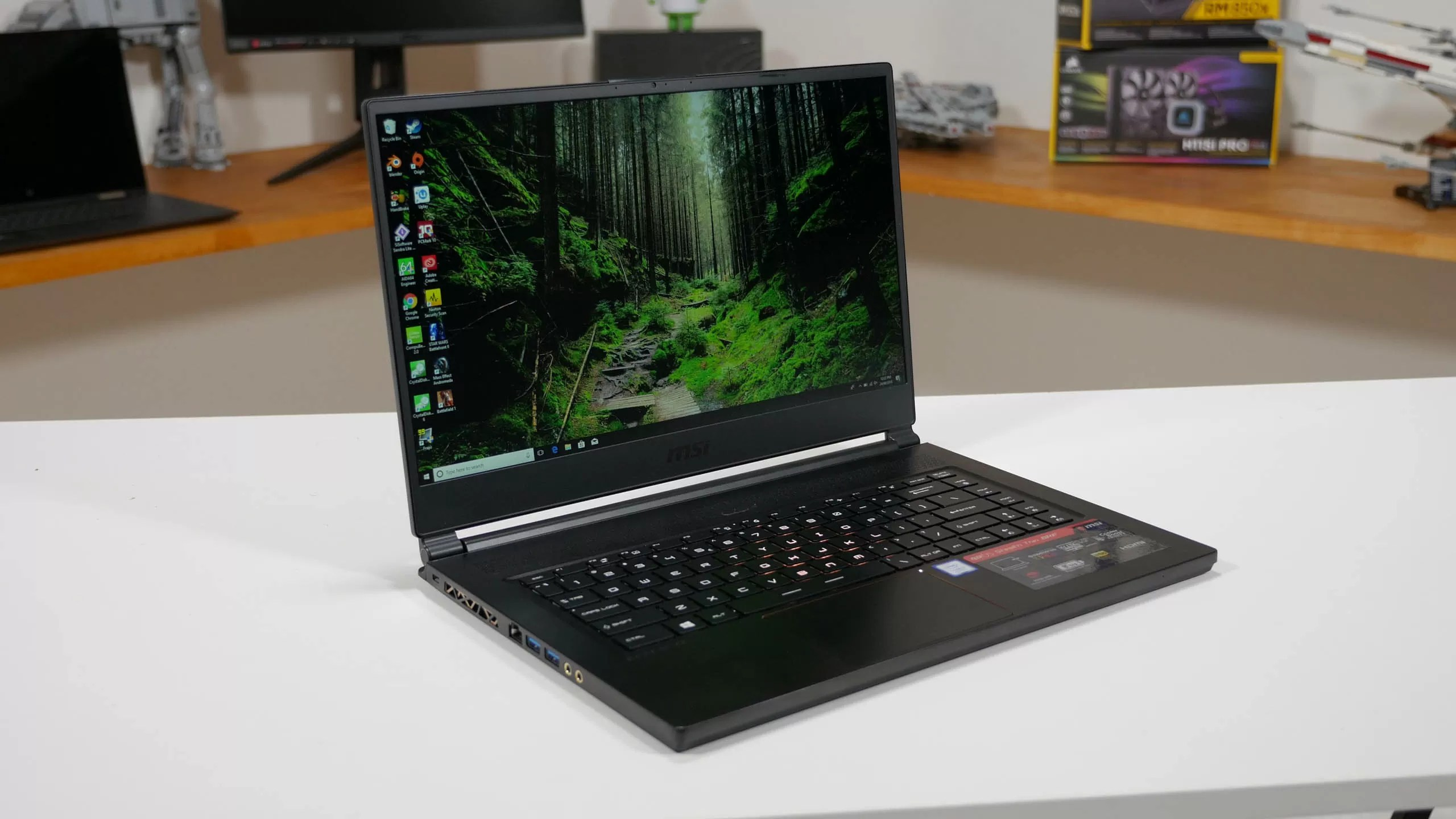 MSI GS65 Stealth Thin Review Photo Gallery - TechSpot