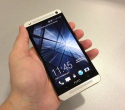 HTC One phone