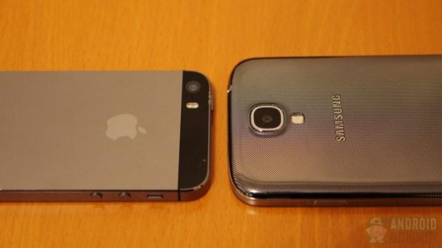 Apple iPhone 5s vs Samsung Galaxy S4 aa 2