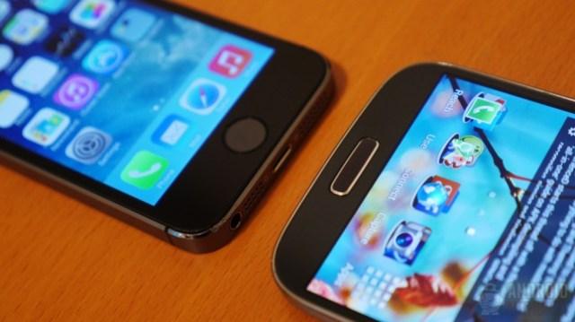Apple iPhone 5s vs Samsung Galaxy S4 aa 6