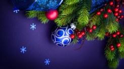 Purple Balls - hd christmas wallpapers