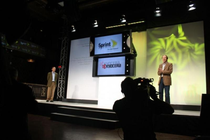 ZTE Axon M, Kyocera Echo at Sprint event folding phone