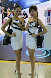 Computex2014-Booth-babes-P103