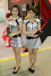 Computex2014-Booth-babes-P121