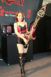 Computex2014-Booth-babes-P132