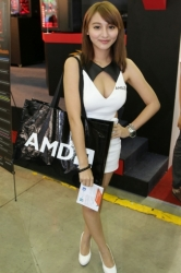 Computex2014-Booth-babes-P135