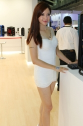 Computex2014-Booth-babes-P138