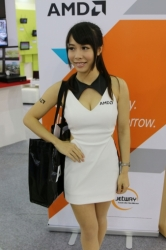 Computex2014-Booth-BabesP221