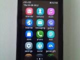Nokia Asha 305 16