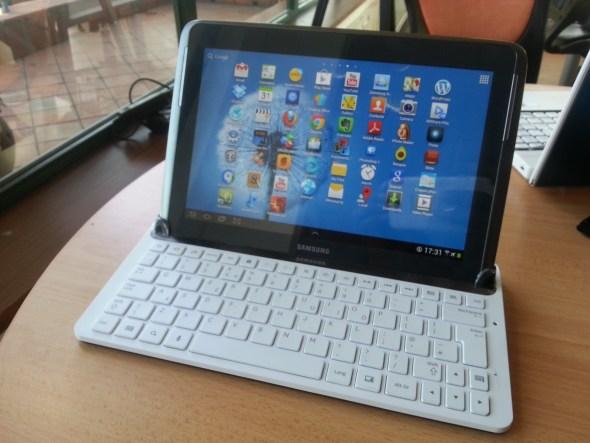 Galaxy Note 10.1 Keyboard dock_23