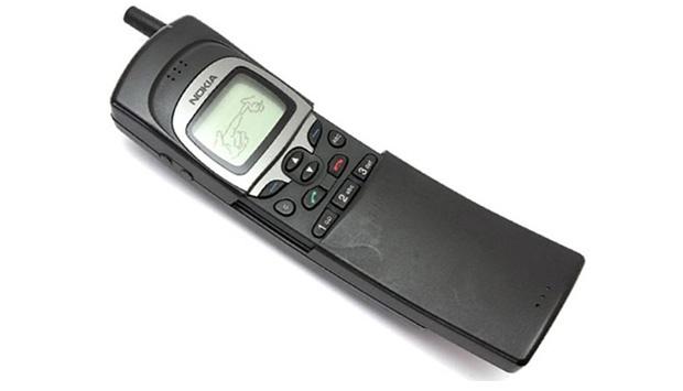 Nokia 8110 (1996)