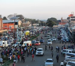 Harare-street-many-people