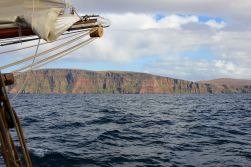 Sailing to the Shetlands