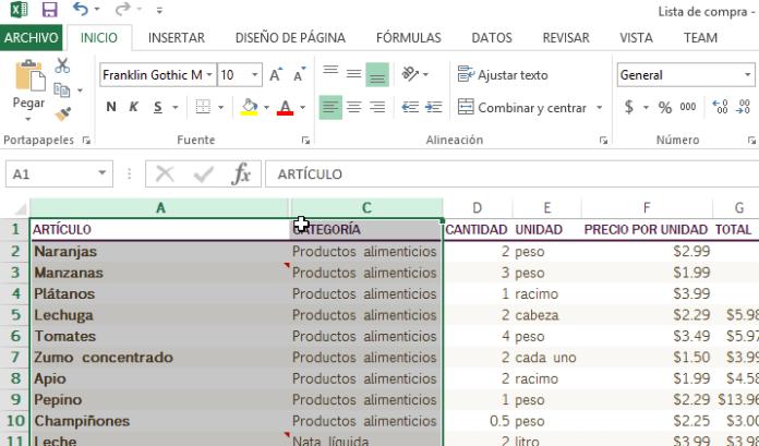 Selección de columnas antes y después de la oculta en cómo ocultar y mostrar columnas en Excel