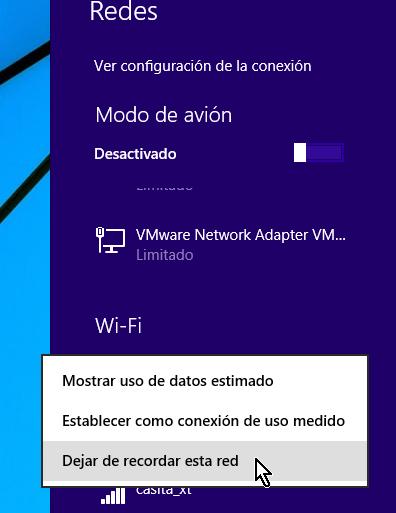 Menú liego de clic derecho en la red para dejar de recordar en cómo eliminar el perfil de una red Wi-Fi en Windows 8
