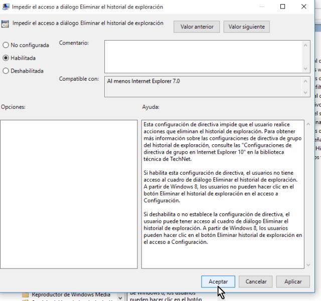 Cliqueando el botón Aceptar en cómo deshabilitar el botón Eliminar el historial de Internet Explorer