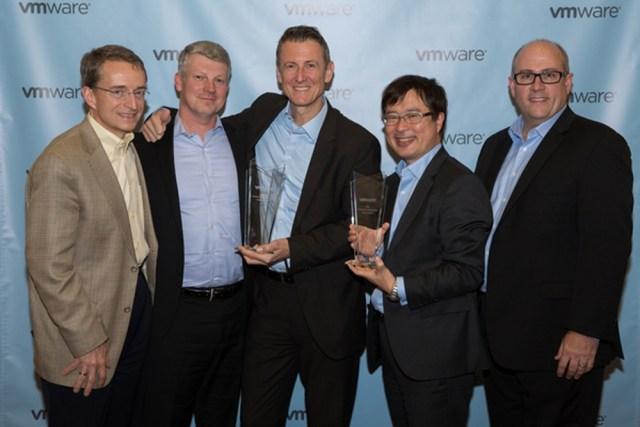 Premios de VMware para Fujitsu