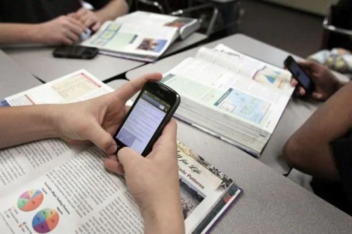 Inventata l'applicazione che motiva i ragazzi a usare meno lo smartphone