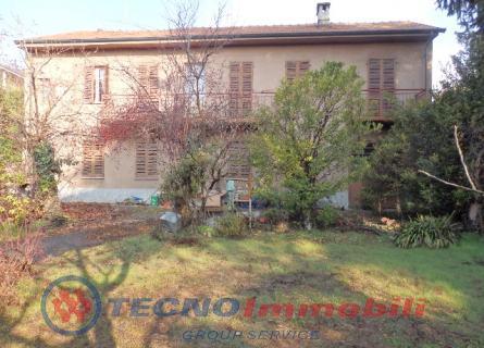 Vendita Casa Indipendente Residenziale Strada Genova 123