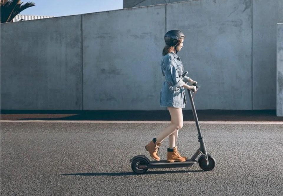accesorios para equipar tu patinete eléctrico