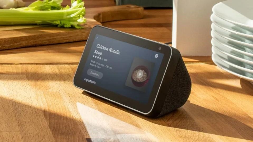 Altavoz inteligente Amazon Echo Show 5
