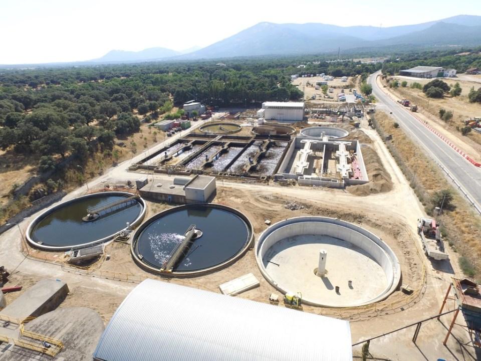Existen 3 tipos de procesos para tratar el agua: físicos, químicos y biológicos