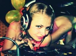 25 mitos sobre el DJ que son una patetica mentira