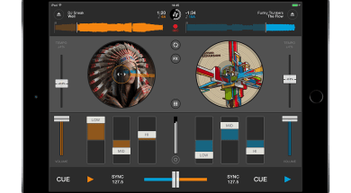 Mixvibes Cross DJ 2 for iPad_Main view