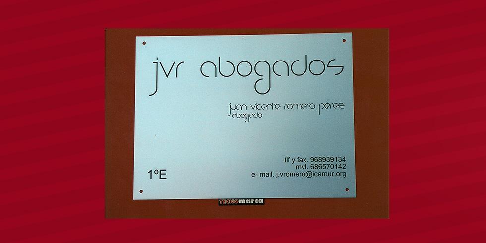 grabado láser aluminio JVR abogados